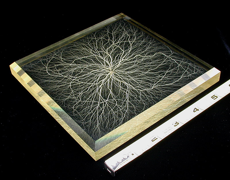 what are lichtenberg figures and how are they made